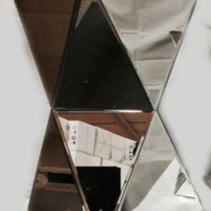 Plain Large Twisted Pedestal