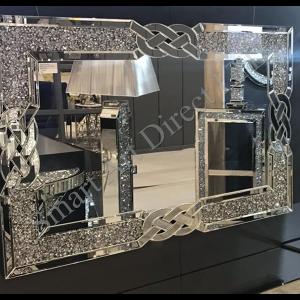 Crushed Diamond Lattice Mirror