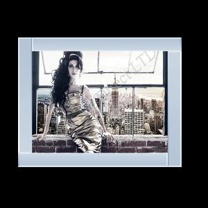 Amy Winehouse Gold Dress