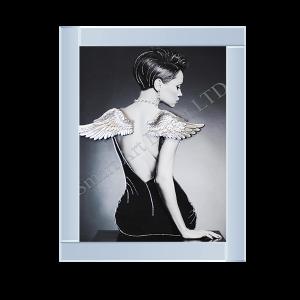 Lady Wings