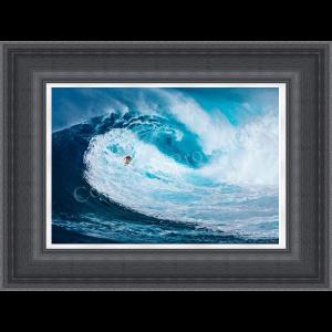 Surfing the Big Wave Tasmania
