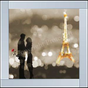 A Date in Paris BW Detail